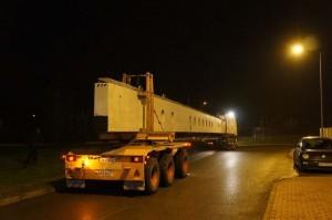 prefabrykowane belki długości 37m podczas wykonywania hotelu Hilton w Krakowie