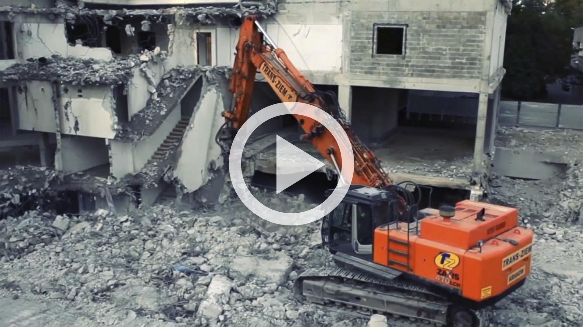 wyburzanie hotelu Mercure w technice poklatkowej